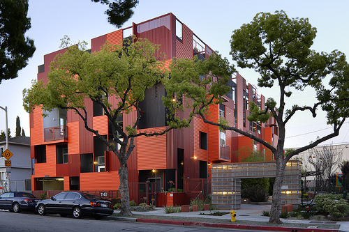 1140 Formosa Ave, by LOHA: Lorcan O'Herlihy Architects (photo: Lawrence Anderson)
