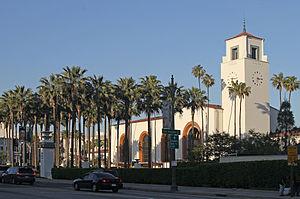 300px-Union_Station_profile,_LA,_CA,_jjron_22_03_2012