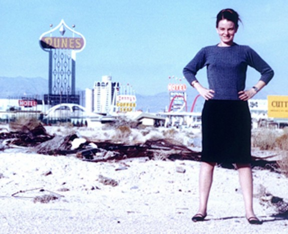 Denise-Scott-Brown-Las-Vegas-1972-www_glamcult_com_