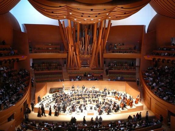 (7) Walt Disney Concert Hall, Los Angeles, free concert