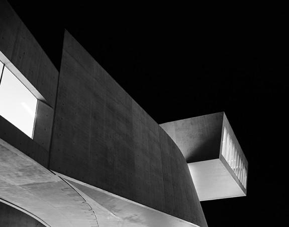 Diptychon_architecture-Zaha-Hadid.jpg