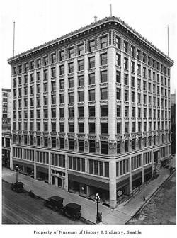 Arctic_Building_Seattle_ca_1917