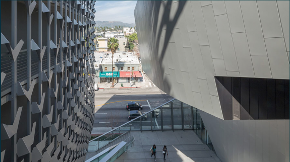 Emerson College on Sunset Boulevard, designed by Morphosis, skin fabricated by Zahner; photo: © A. Zahner Co.