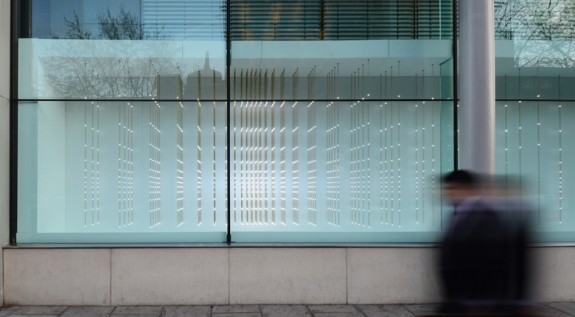 "Reflex, 2011, ""occupied the vitrines of London's Wellcome Trust, mirroring people's movements of as they walk up and down the busy Euston Road."