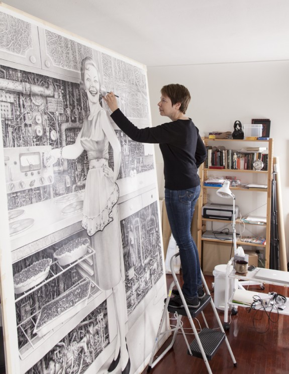 Laurie Lipton at work, drawing On; photo by Lucia Loiso.