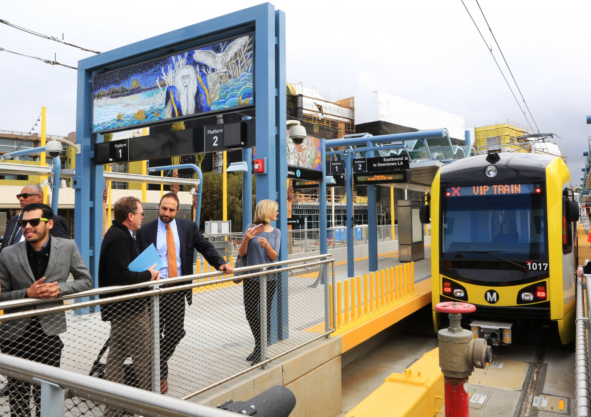 The Expo Line train at 4th and Colorado stop in Santa Monica. Photos by Robert LaFond.