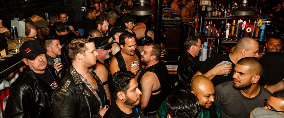 Gay hookup bar toronto