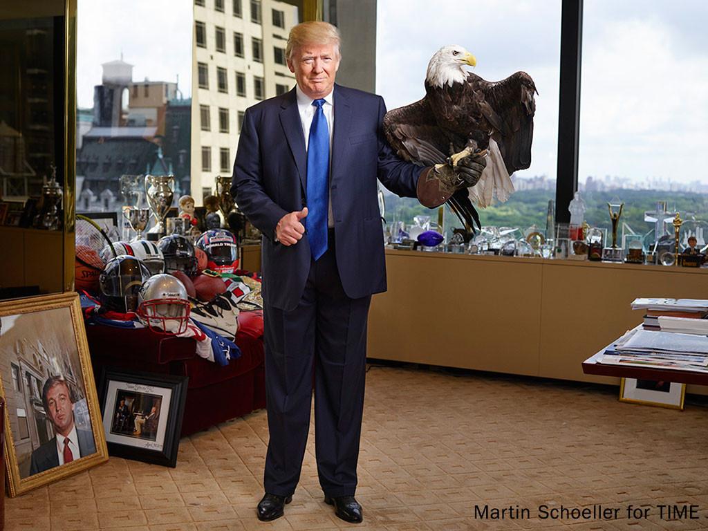 trump with eagle