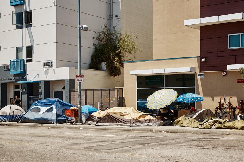 kcrw_streetscape_0476-homeless