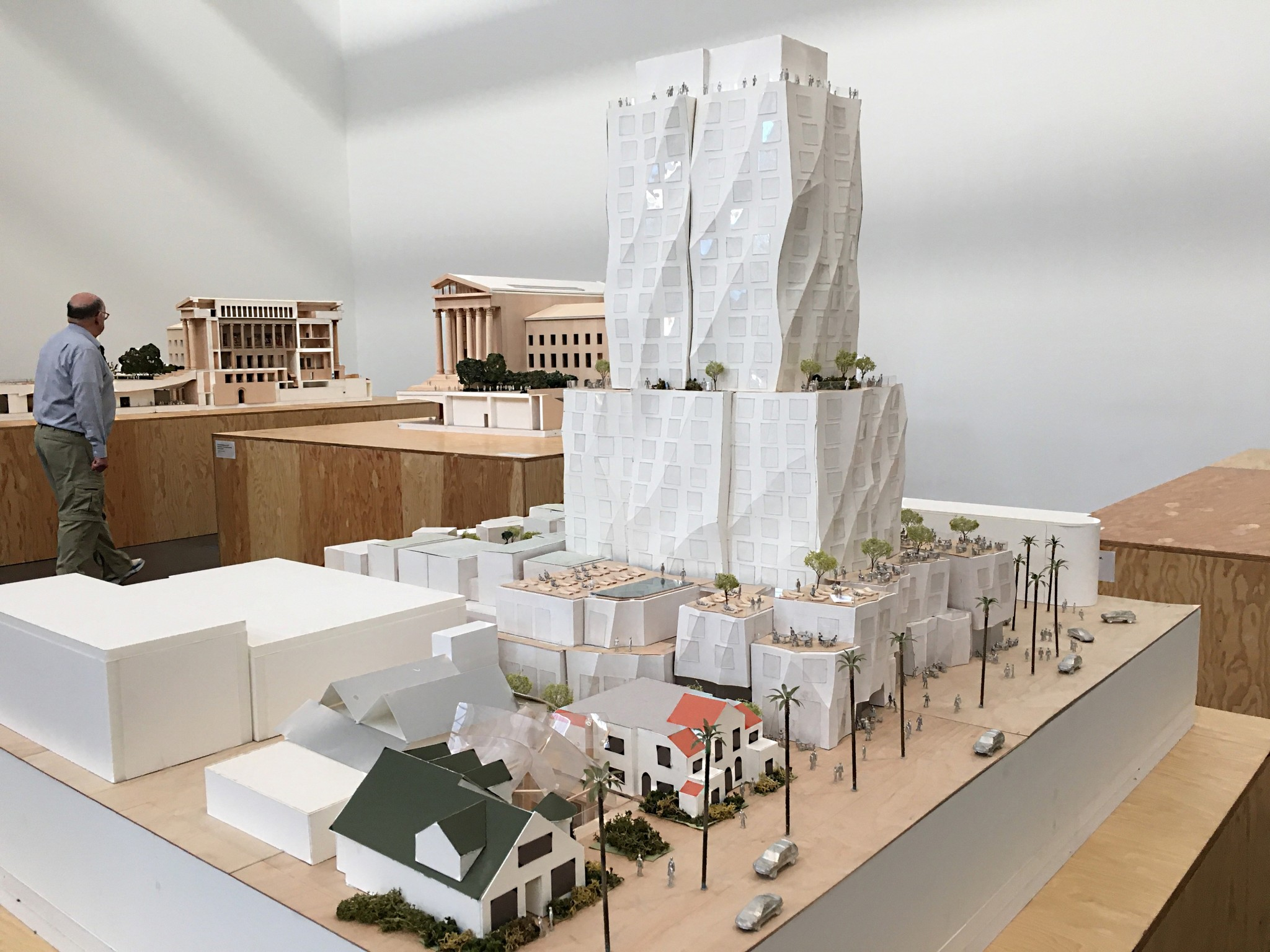 Model of the Ocean Avenue Project, designed by Frank Gehry. This was one of four dense, tall projects that helped fuel Measure LV. A Gehry-designed mixed-use, high-rise project on Sunset Boulevard was approved after modifications by the designer and developer.