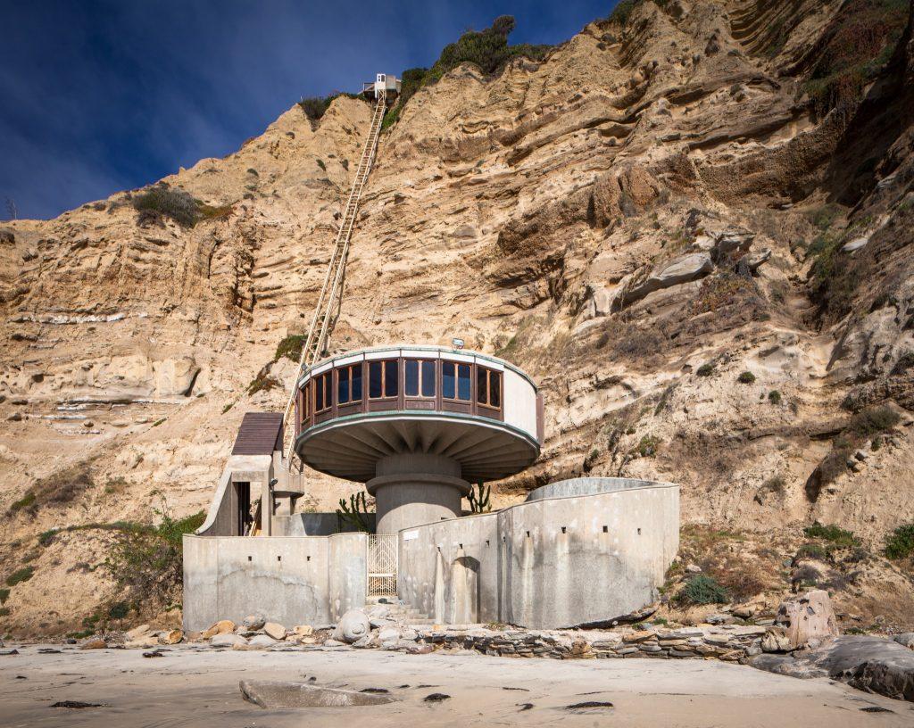 Bell Beach House (photo: Darren Bradley)
