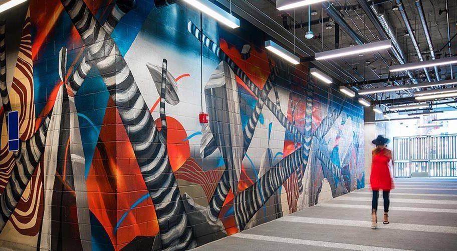 Developer uses art to entice downtown LA tenants
