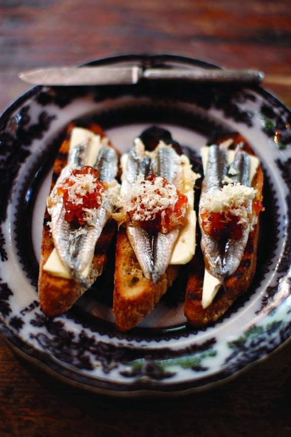 Recipe: Boquerones Toasts