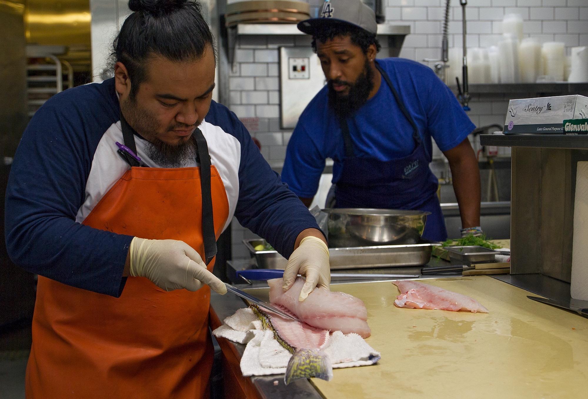 2000-cape-seafood-ehder-dominguez-brandon-gray
