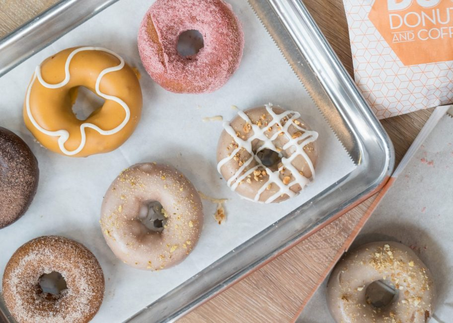 Live from New York, it's the Donut Dough-bate!