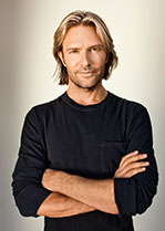 Eric-Whitacre-2-credit-Marc-Royce-sm