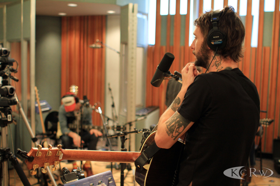 KCRW_BandOfHorses_KCRWstudio_JeremiahGarcia_02