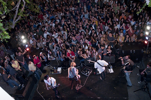 Saint Motel & Crowd2
