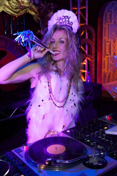 DJ Valida by Gary Leonard