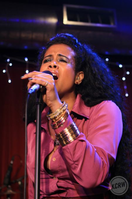 KCRW's Apogee Sessions featuring Kelis hosted by Garth Trinida
