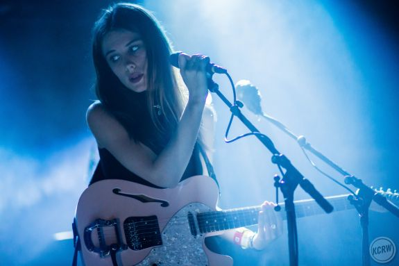 Wolf Alice singer Ellie Rowsell. By Dustin Downing