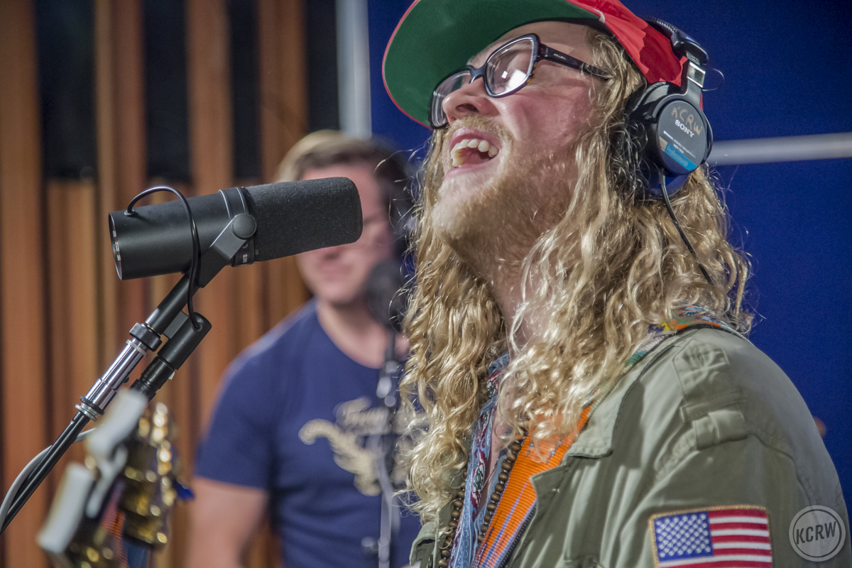 Allen Stone Premieres Brand New Song Naturally On Kcrw