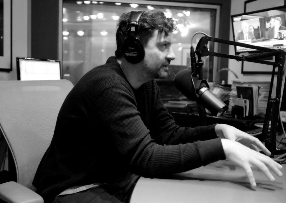 "KCRW Exclusive: Bonobo Premieres New Song ""Grains"" on MBE"