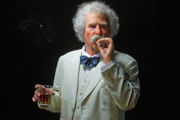 Val Kilmer as Mark Twain. Photo by Neil Jacobs.