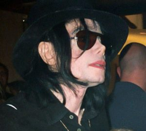 Michael_Jackson_in_Vegas_cropped-2
