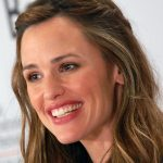 Jennifer Garner smiles at the 2009 Toronto Film Festival.   Via Flickr by Jonjames1986. Creative Commons.