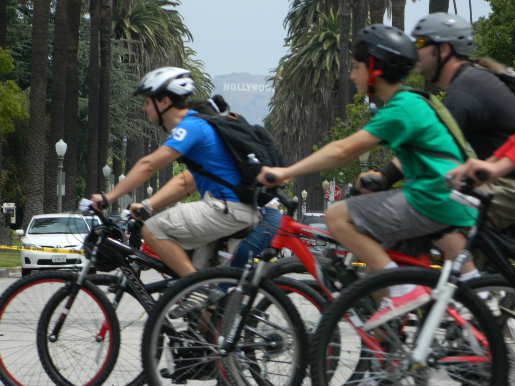 Riders during Ciclavia on Wilshire Boulevard, June 23, 2013. Photo by LA Wad via Flickr/CC.