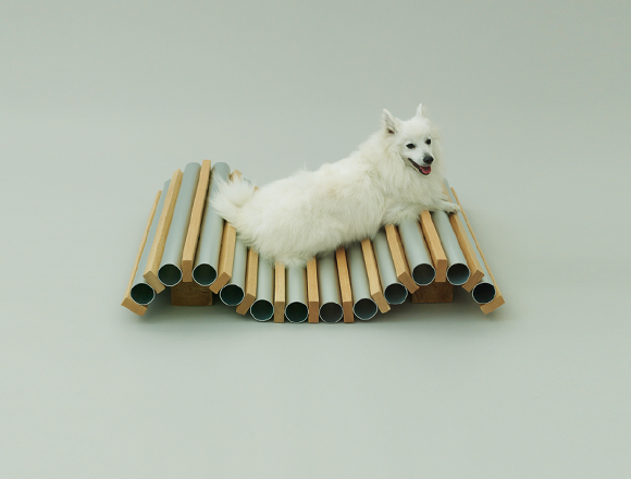 Dog Cooler by Hiroshi Naito, designed for the Spitz