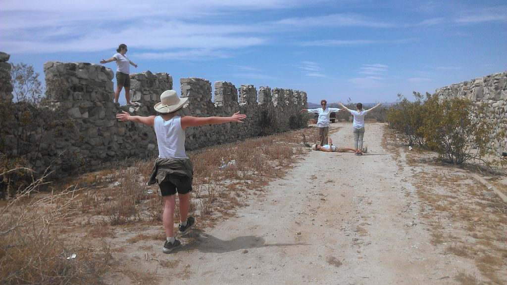 The dance group Opera del Espacio creates a real-time, architecturally inspired movement-based performance that interacts with the ruins of Llano Del Rio.