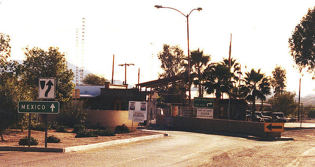 The Mexican border at Sasabe Arizona Photo: Phillip Capper via Flickr/ CC