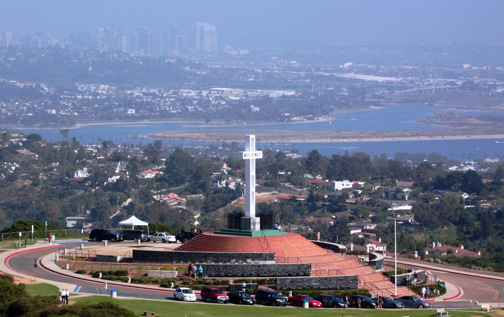Mount Soledad Veterans Memorial - mapquest.com