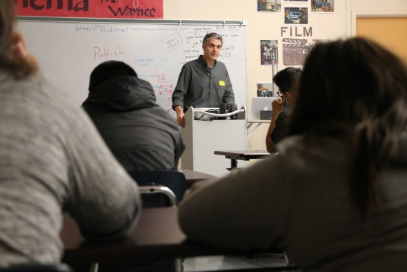 Eric Drachman, SoundsLA producer, speaks to documentary filmmaking students.