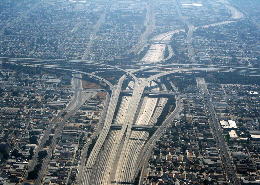 Building homes near freeways
